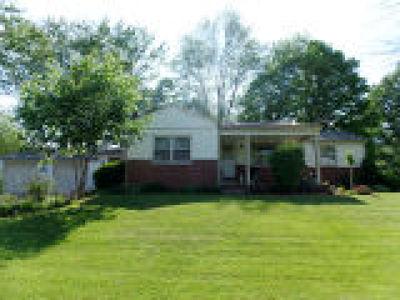 Poland Single Family Home For Sale: 6614 James Street