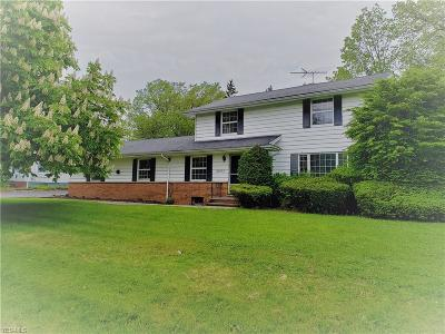 Shaker Heights Multi Family Home For Sale: 2664 South Green Rd