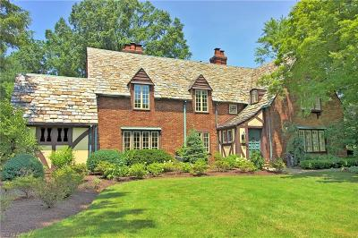 Shaker Heights Single Family Home For Sale: 19915 S Park Boulevard