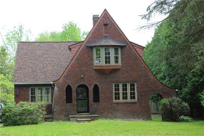 Poland Single Family Home Active Under Contract: 7143 Youngstown Pittsburgh Road