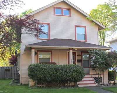 Ravenna Single Family Home For Sale: 244 Jefferson St