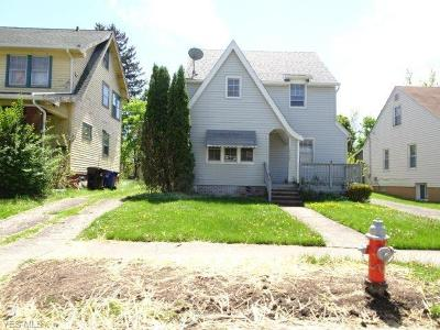 Single Family Home For Sale: 15106 Kingsford Ave