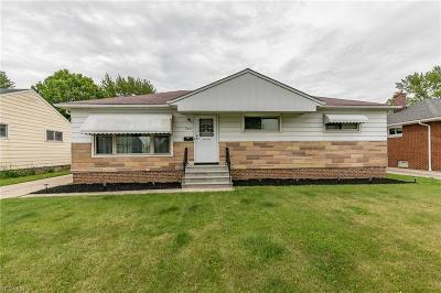 Parma Heights Single Family Home Contingent: 6877 Maplewood Rd