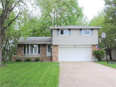 North Olmsted Single Family Home For Sale: 6184 Gareau Dr