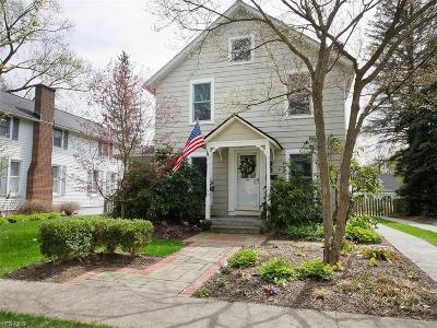 Chagrin Falls Single Family Home For Sale: 93 Hall Street