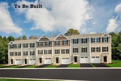 Painesville Township Condo/Townhouse For Sale: 822 Balsam Court