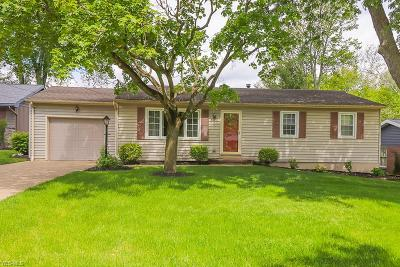 Medina OH Single Family Home For Sale: $158,000
