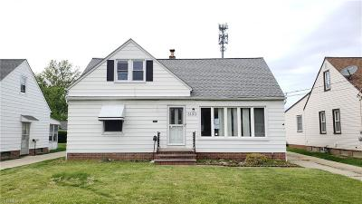 Willowick Single Family Home Active Under Contract: 31311 Bayridge Boulevard
