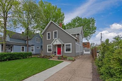 Lakewood Single Family Home Contingent: 1381 Park Row Ave