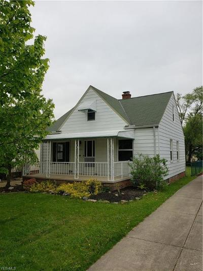 Parma Single Family Home For Sale: 2914 Wellington Ave