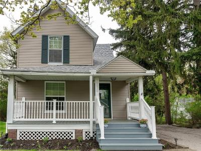 Willoughby Single Family Home For Sale: 38032 Barber Ave