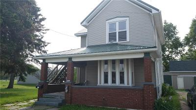 Single Family Home For Sale: 305 Valley Street
