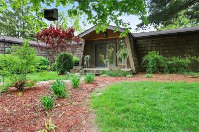 Canfield Single Family Home For Sale: 10495 Berlin Station Road