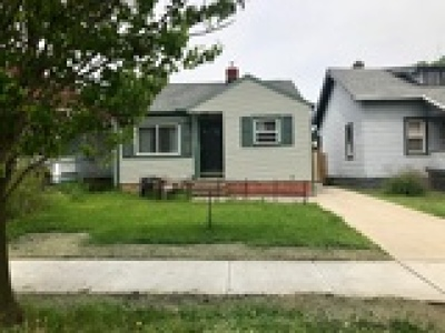 Lakewood Single Family Home For Sale: 2192 Clarence Avenue