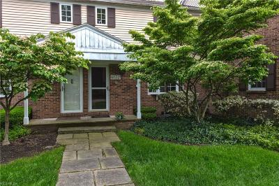 Mentor Condo/Townhouse Active Under Contract: 6132 Cabot Court #B-2