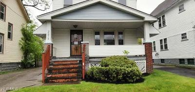 Cleveland Single Family Home For Sale: 3573 E 142nd Street