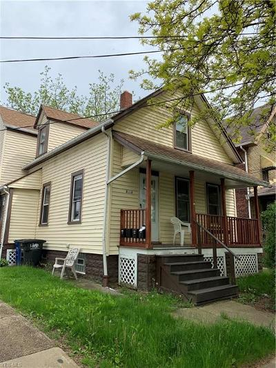 Lakewood Multi Family Home For Sale: 2113 Halstead Avenue
