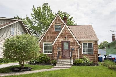 Lakewood Single Family Home Active Under Contract: 2039 Ferndale Avenue