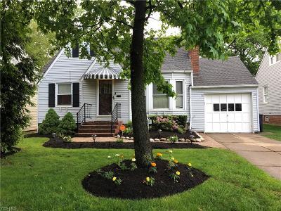 Lyndhurst Single Family Home For Sale: 5211 Case Avenue