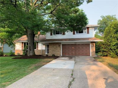 Lyndhurst Single Family Home Active Under Contract: 5603 Lansbury Lane