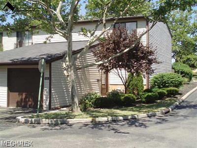 Middleburg Heights Condo/Townhouse Active Under Contract: 7372 Pine Ridge Court #A26