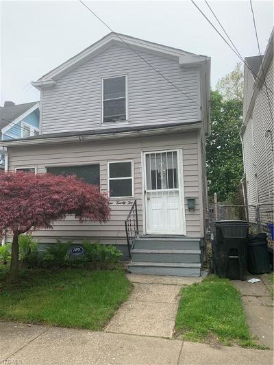 Cleveland Single Family Home For Sale: 7122 Lockyear Avenue