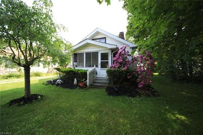 Willoughby Single Family Home Active Under Contract: 4039 Kirtland Road