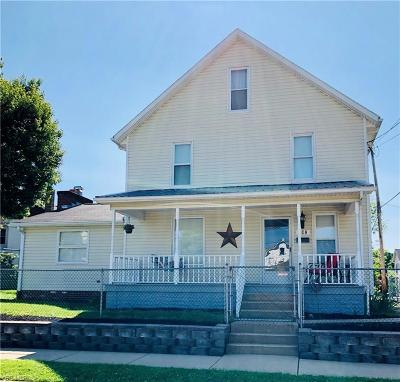 Single Family Home For Sale: 108 S West Street