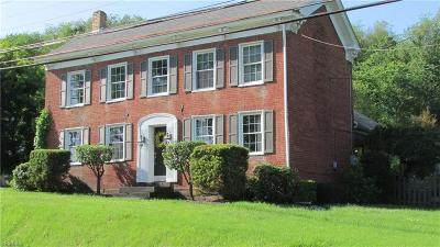 East Liverpool Single Family Home For Sale: 16994 State Route 267