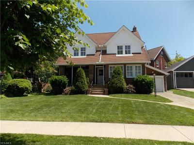 Lakewood Single Family Home For Sale: 2157 Overbrook Avenue