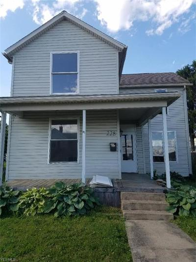 Byesville Single Family Home For Sale: 228 High Avenue