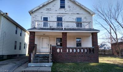 Cleveland Multi Family Home For Sale: 7914 Goodman Avenue
