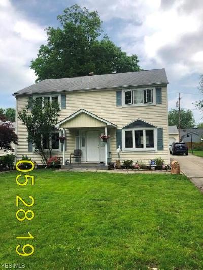 Eastlake Single Family Home For Sale: 721 E 332nd Street