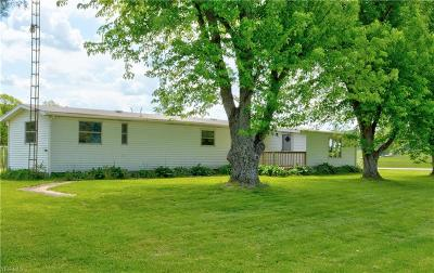 Licking County Single Family Home For Sale: 5019 Gratiot Road