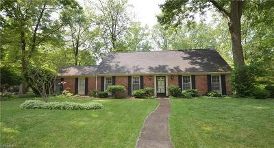 Avon Lake Single Family Home For Sale: 32821 Tanglewood Court