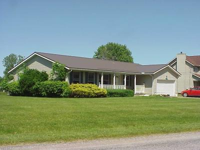 Ashland County Single Family Home For Sale: 2157 Tarragon Drive