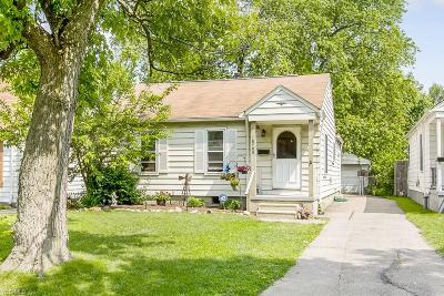 Single Family Home Active Under Contract: 18708 Parkmount Avenue