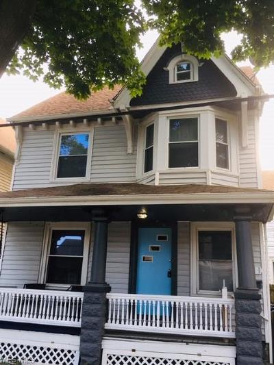 Cleveland Single Family Home For Sale: 3411 Chatham Avenue
