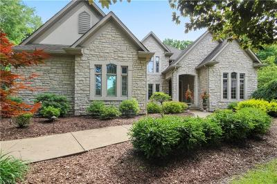 Mahoning County Single Family Home For Sale: 7413 Fox Hollow