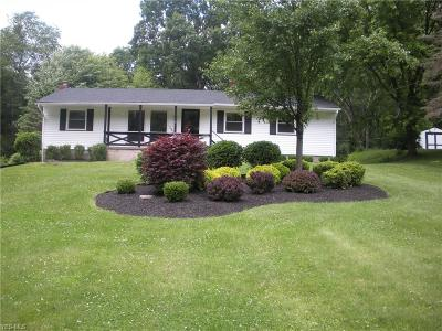 Columbiana County Single Family Home For Sale: 49352 Berkshire Road