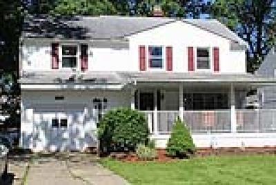 Lyndhurst Single Family Home For Sale: 1284 Brainard Road