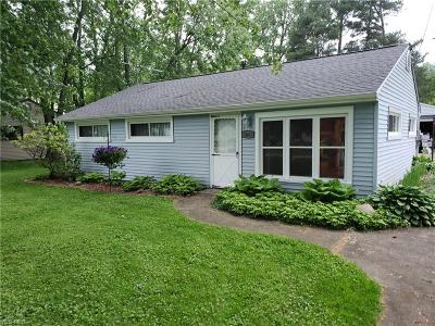 Twinsburg Single Family Home For Sale: 1841 Hillsdale Drive