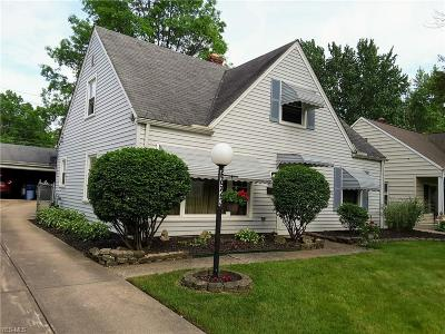 Parma Heights Single Family Home Active Under Contract: 6923 Beresford Avenue