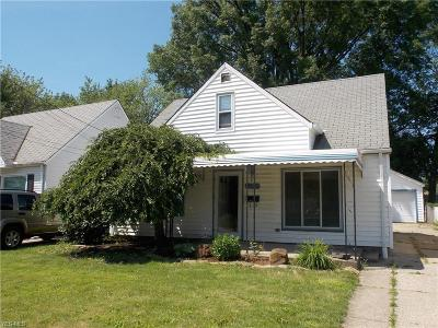 Single Family Home For Sale: 18704 Rockland Avenue