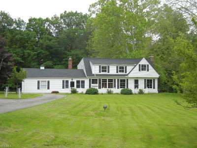 North Royalton Single Family Home For Sale: 6383 Valley Parkway