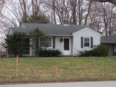 Conneaut Single Family Home Active Under Contract: 201 W Main Road