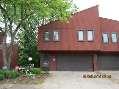 North Ridgeville OH Condo/Townhouse For Sale: $132,900