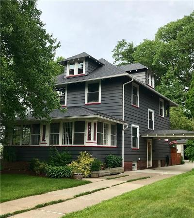 Lakewood Single Family Home For Sale: 1599 Belle Avenue