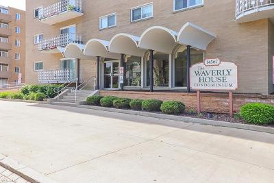 Lakewood Condo/Townhouse For Sale: 14567 Madison Avenue #514