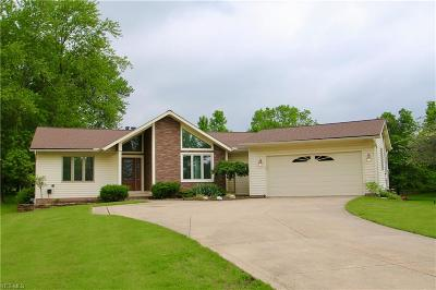Brecksville, Broadview Heights Single Family Home Active Under Contract: 2957 Harris Road